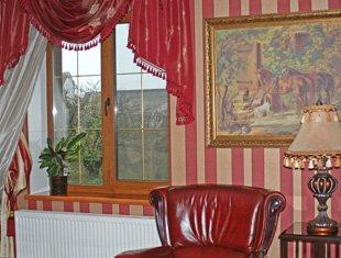 Подоконник Danke в интерьере квартиры в стиле Арт Деко